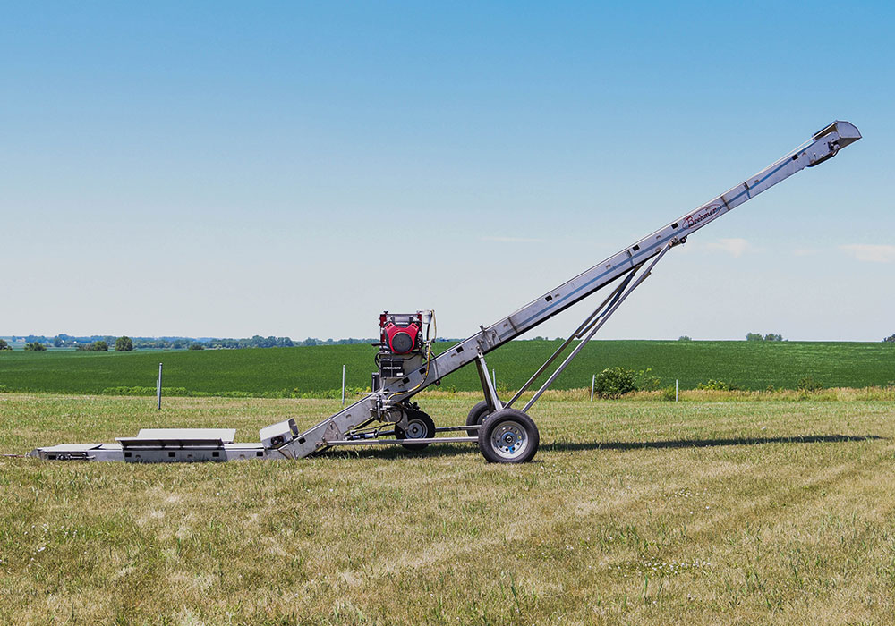 All new field loader conveyor from Brehmer Mfg.